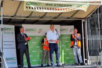 Andreas Hemsing (Mitte) mit Claus Weselsky (GDL-Vorsitzender), Raymond Geisler (GDL NRW-Bezirksjugendleiter) und Sven Schmitte (GDL NRW-Bezirksvorsitzender) (v.l.n.r.). © komba gewerkschaft nrw